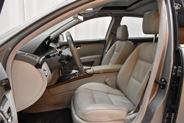 Mercedes-Benz S 7