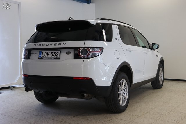 Land Rover Discovery Sport 7