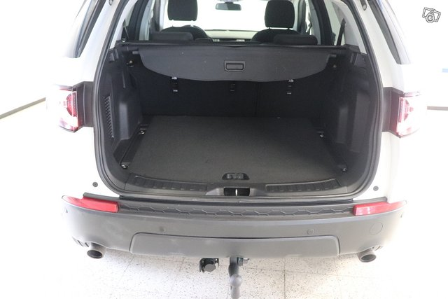 Land Rover Discovery Sport 25
