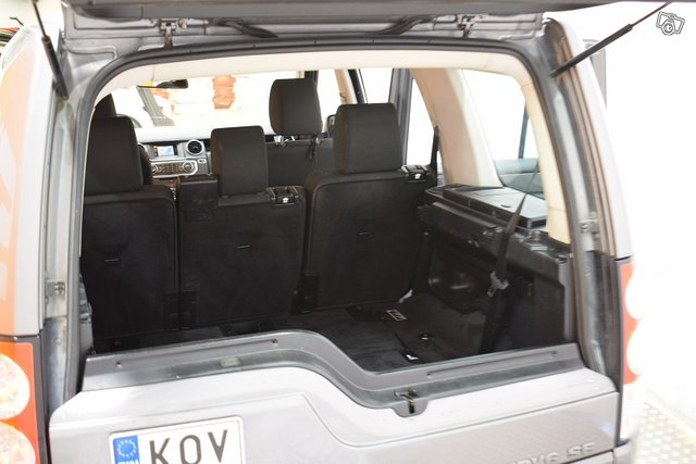 Land Rover Discovery 24