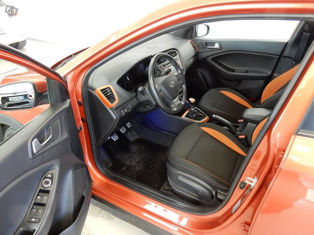 Hyundai I20 ACTIVE 7