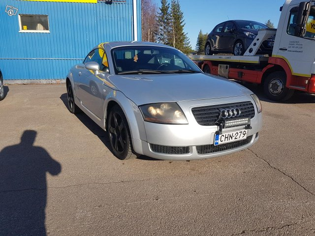 Audi TT 3