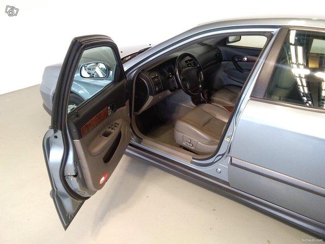 Chevrolet Evanda 7