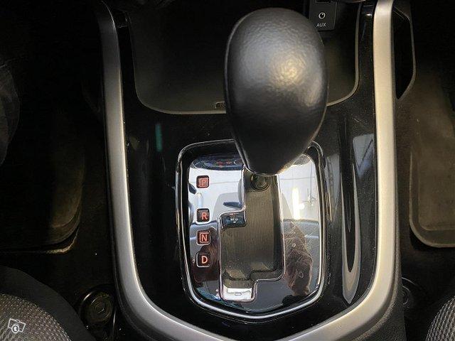 Nissan Navara 23