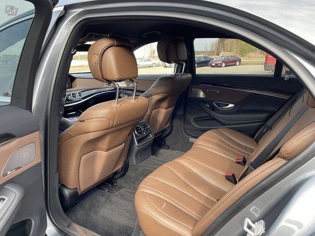 Mercedes-Benz S 560 4MATIC 10