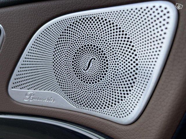 Mercedes-Benz S 560 4MATIC 11