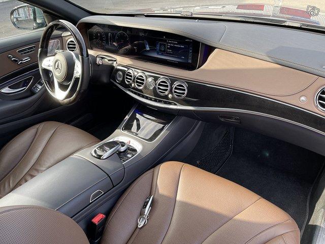 Mercedes-Benz S 560 4MATIC 12