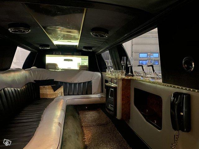Lincoln Town Car 6