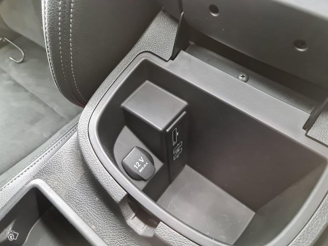 Mercedes-Benz X 13