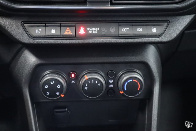 Dacia Sandero 10