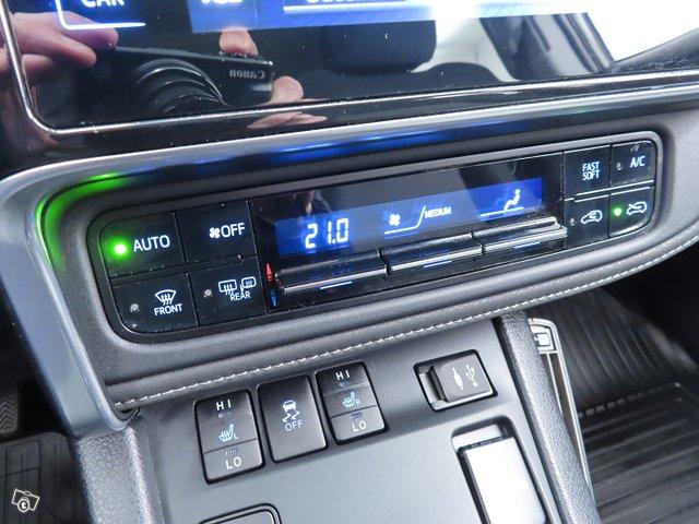 Toyota AURIS 22