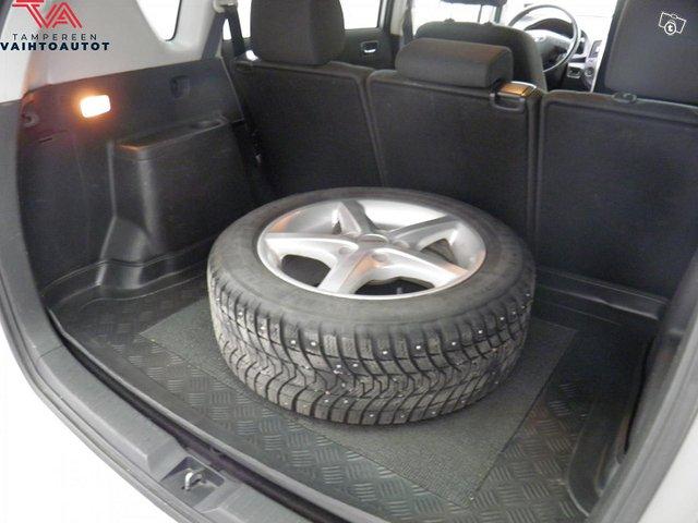 Toyota Corolla Verso 11