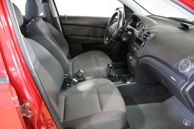 Chevrolet Aveo 8