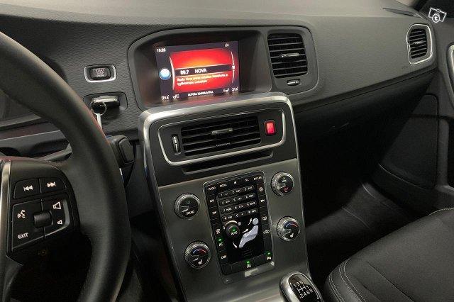 Volvo S60 22