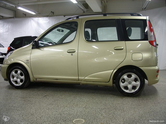 Toyota Yaris Verso, kuva 1