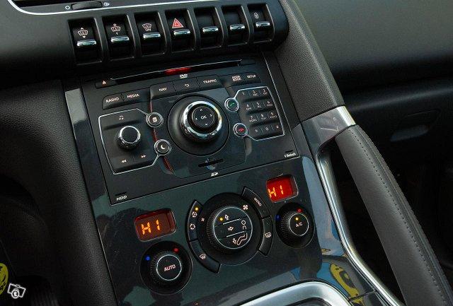 Peugeot 3008 24