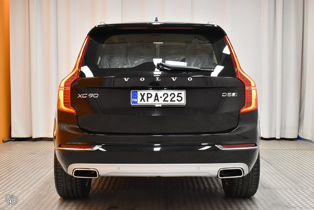 Volvo XC90 5