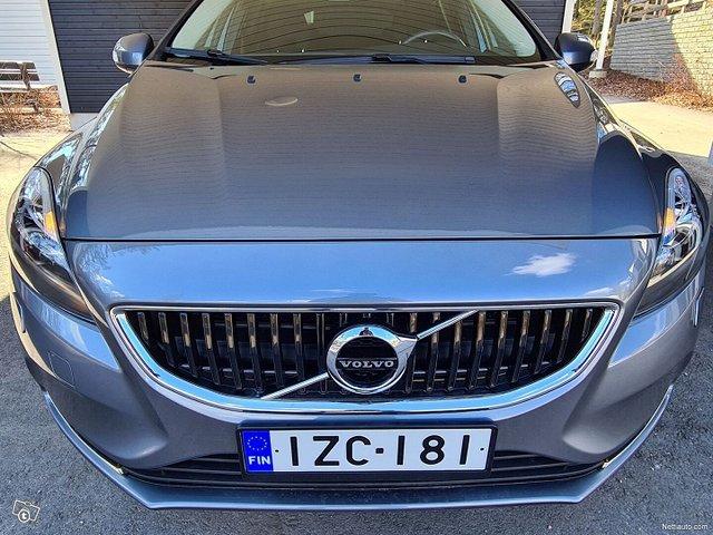 Volvo V40 6