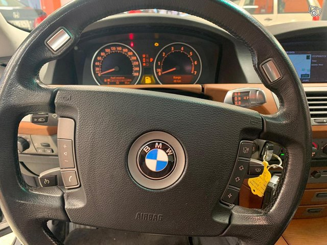 BMW 735 7