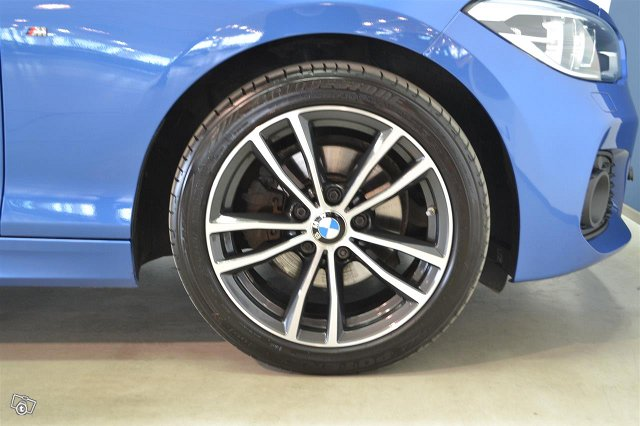 BMW 120 17
