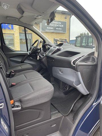 Ford Transit Custom 14