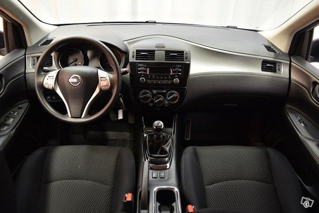 Nissan Pulsar 16
