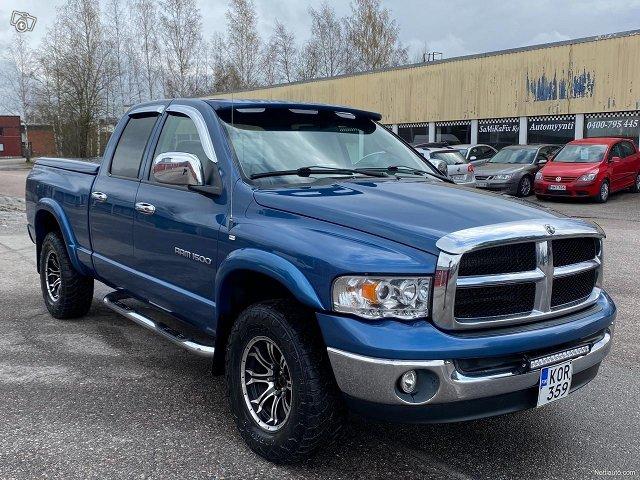 Dodge Ram 1500 4