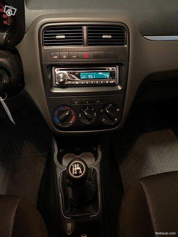 Fiat Grande Punto 11