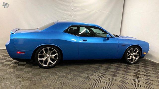 Dodge Challenger 5