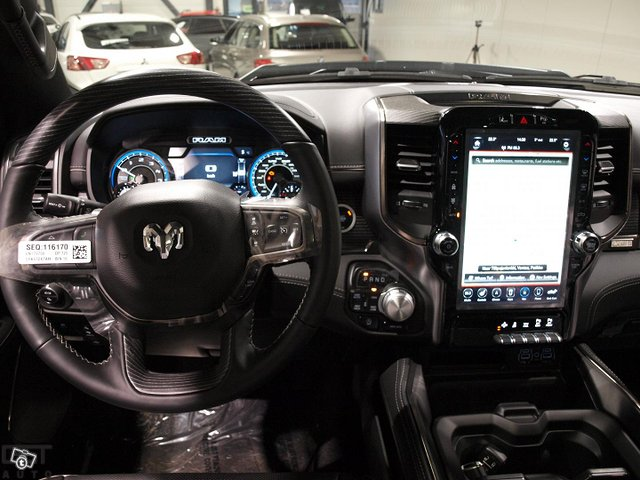 Dodge Ram 8