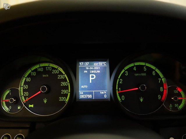 Maserati Quattroporte 14
