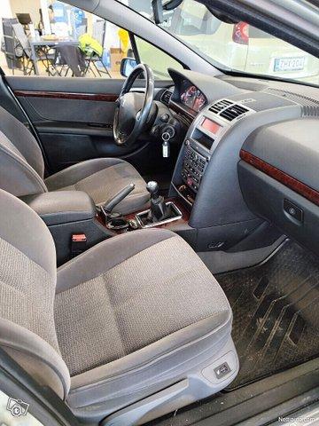Peugeot 407 11