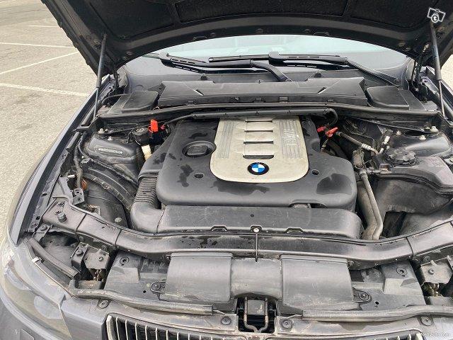 BMW 325 22