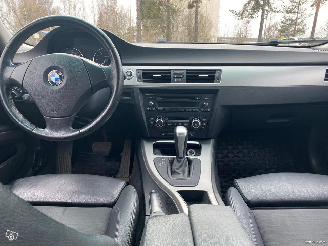 BMW 325 23