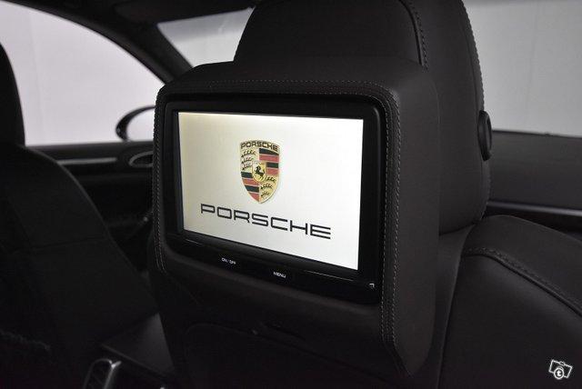 Porsche CAYENNE S E-HYBRID F 19