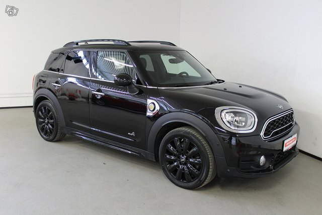 MINI COUNTRYMAN 3