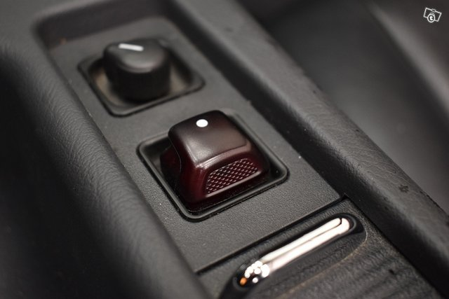 Mercedes-Benz SLK 17
