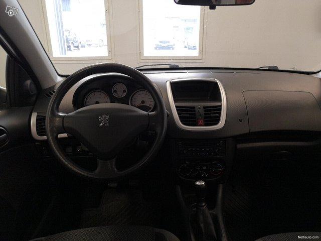 Peugeot 206+ 7