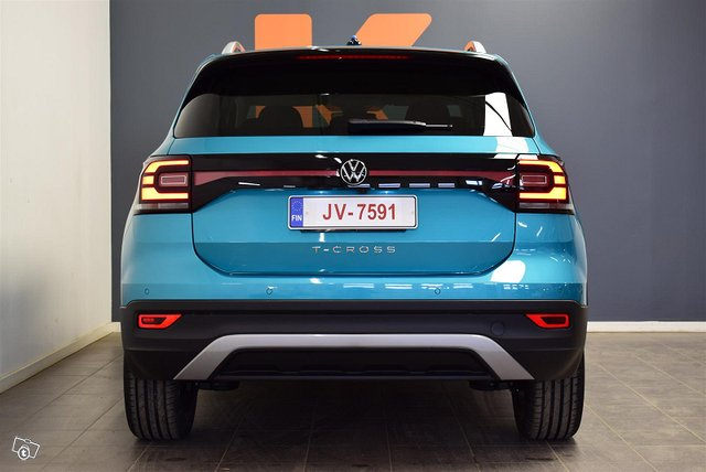 Volkswagen T-Cross 6