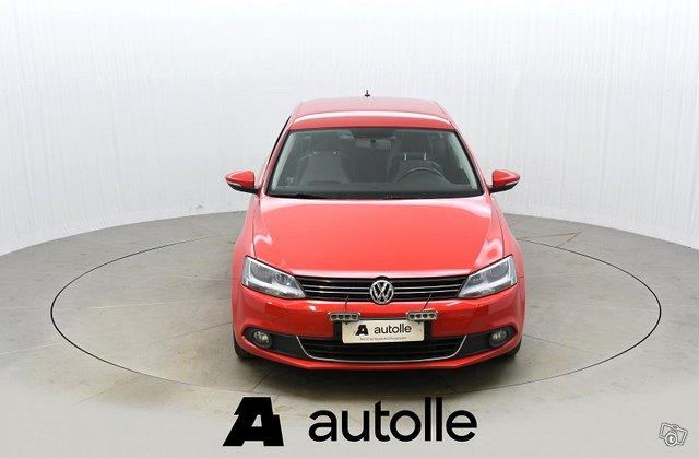Volkswagen Jetta 2