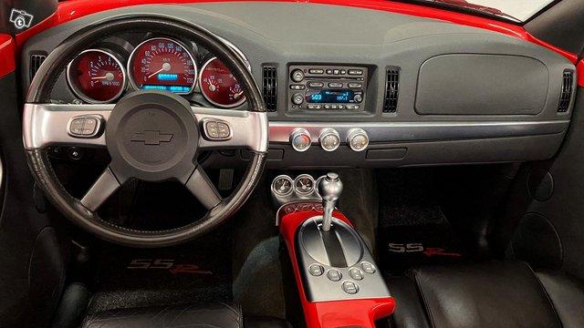 Chevrolet SSR 9