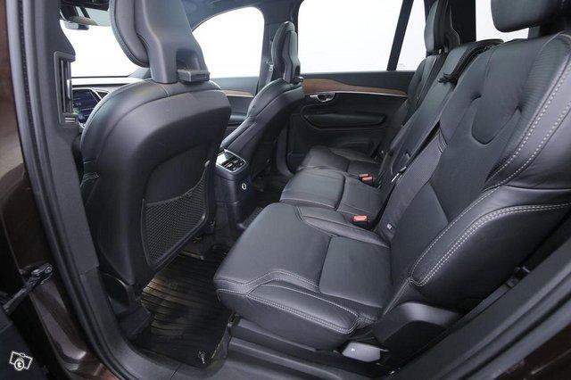 Volvo XC90 8