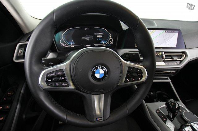 BMW 330 11