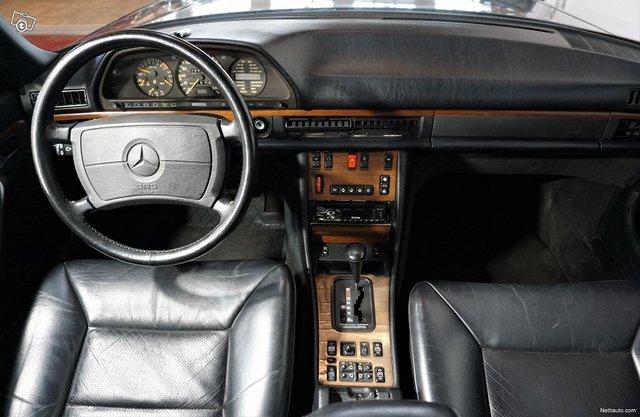 Mercedes-Benz SEL 5