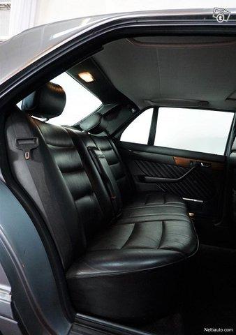 Mercedes-Benz SEL 8