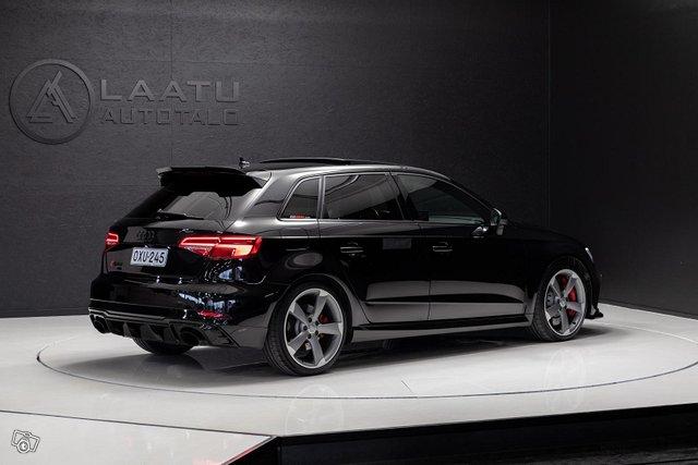 Audi RS3 4