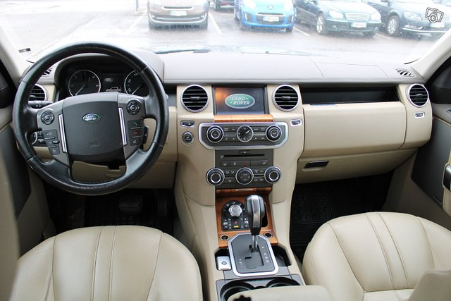 Land Rover Discovery 19