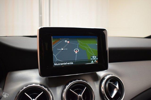 Mercedes-Benz GLA 19