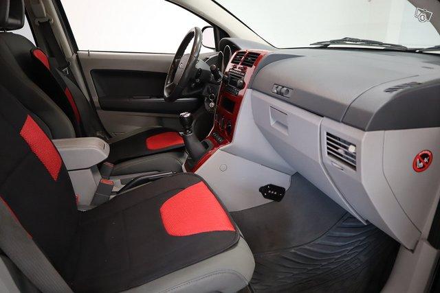 Dodge Caliber 19