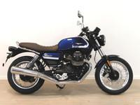 Moto Guzzi V7 -21